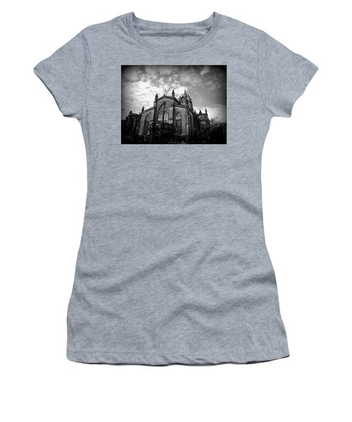 St Giles Cathedral Edinburgh Women's T-Shirt (Athletic Fit)