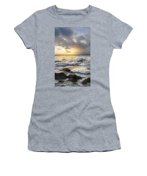 Storm Waves Women's T-Shirt (Athletic Fit)