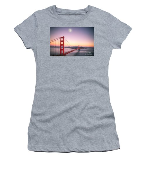 Sunset In San Francisco Women's T-Shirt (Junior Cut) by Jim And Emily Bush