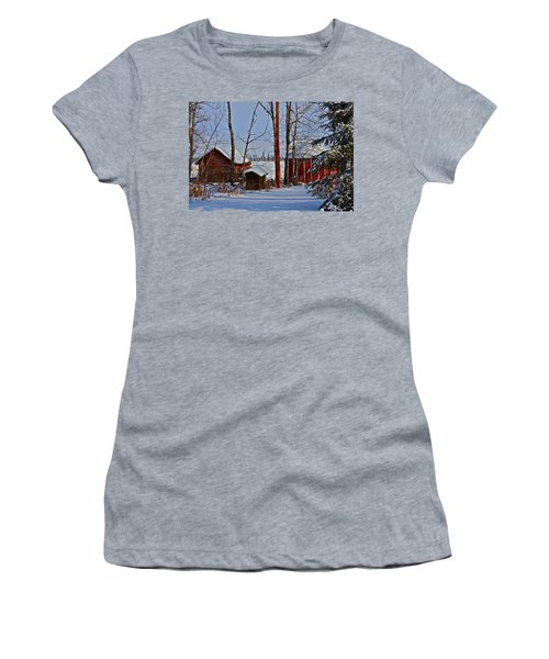 Three Little Houses Women's T-Shirt (Athletic Fit)