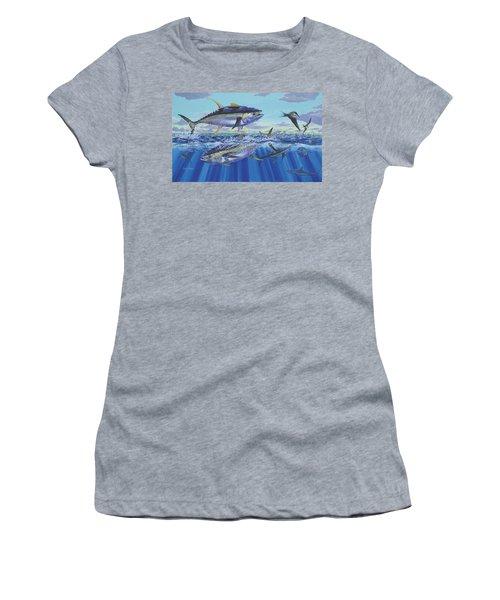 Yellowfin Bust Women's T-Shirt