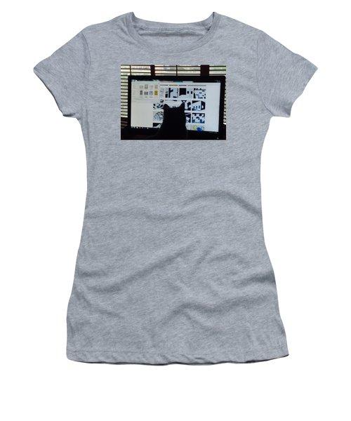 Critic Cat Women's T-Shirt (Athletic Fit)