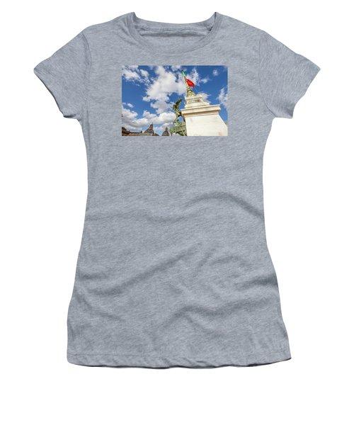 Altare Della Patria Roma Women's T-Shirt