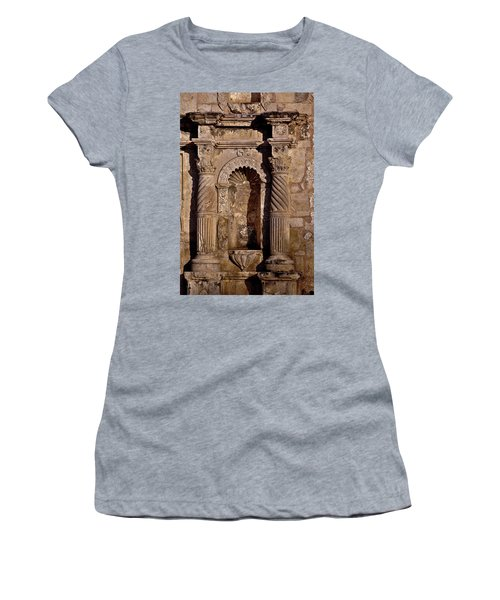 Architectural Detail Women's T-Shirt (Athletic Fit)