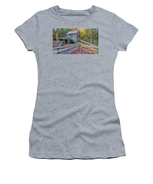Cable Mill Women's T-Shirt (Athletic Fit)