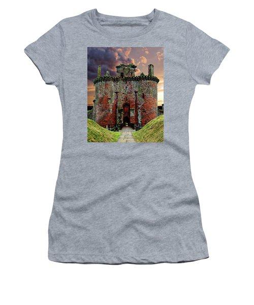 Caerlaverock Castle Women's T-Shirt