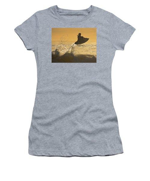 Catching Air Women's T-Shirt