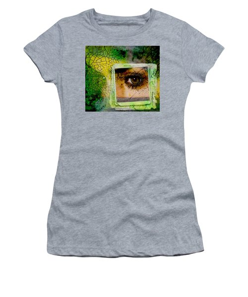 Eye, Me, Mine Women's T-Shirt (Athletic Fit)