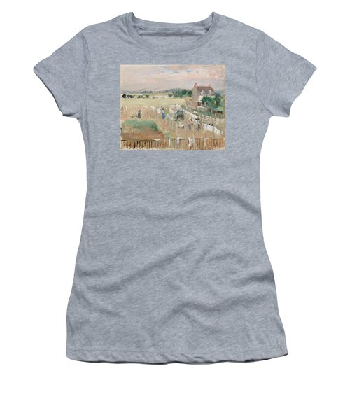 Hanging The Laundry Out To Dry Women's T-Shirt