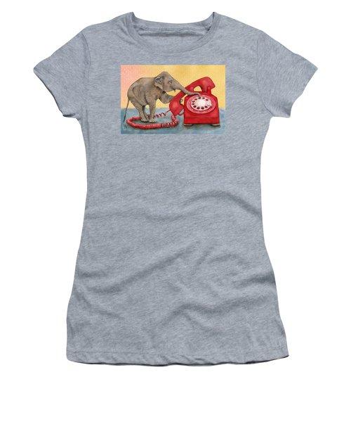 Trunk Call Women's T-Shirt