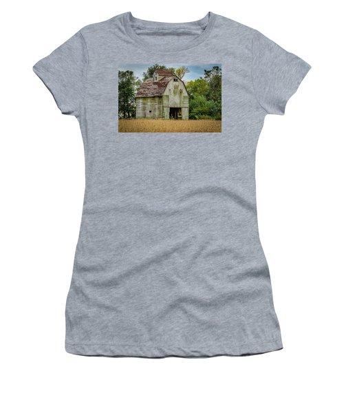 Iowa Barn Women's T-Shirt (Junior Cut) by Ray Congrove
