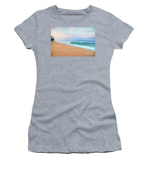 Ka'anapali Waves Women's T-Shirt (Junior Cut)