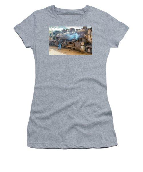 Lubing #481 Women's T-Shirt