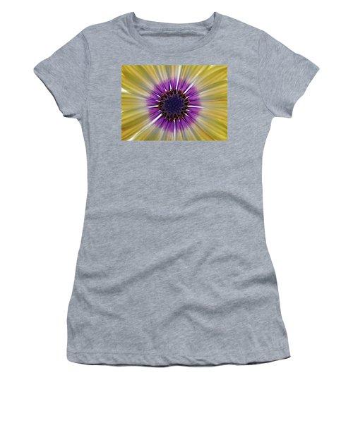 Osteospermum The Cape Daisy Women's T-Shirt (Junior Cut) by Shirley Mitchell