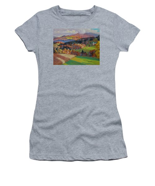 Pownel Vermont Women's T-Shirt (Athletic Fit)