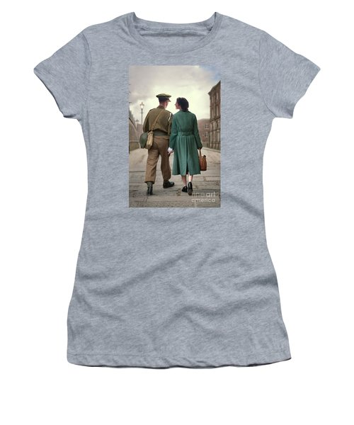 1940s Couple Women's T-Shirt (Athletic Fit)