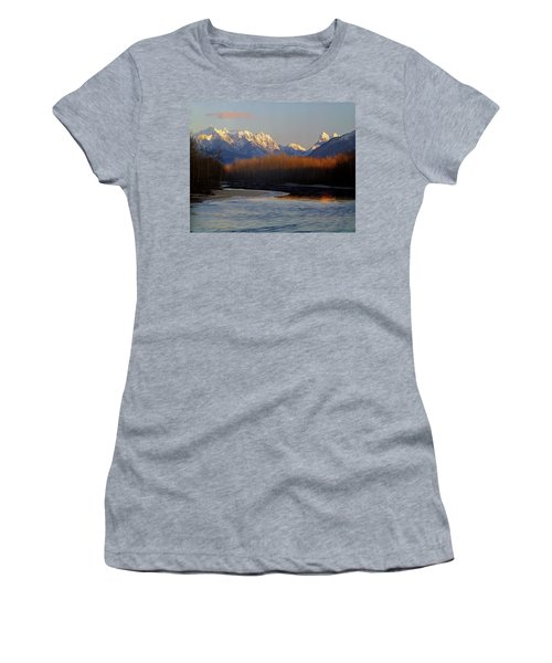 1m4525 Skykomish River And West Central Cascade Mountains Women's T-Shirt