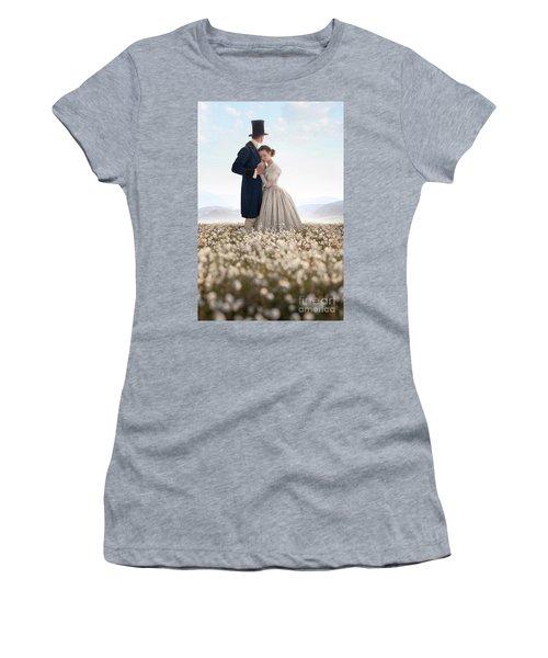 Victorian Couple Women's T-Shirt (Athletic Fit)