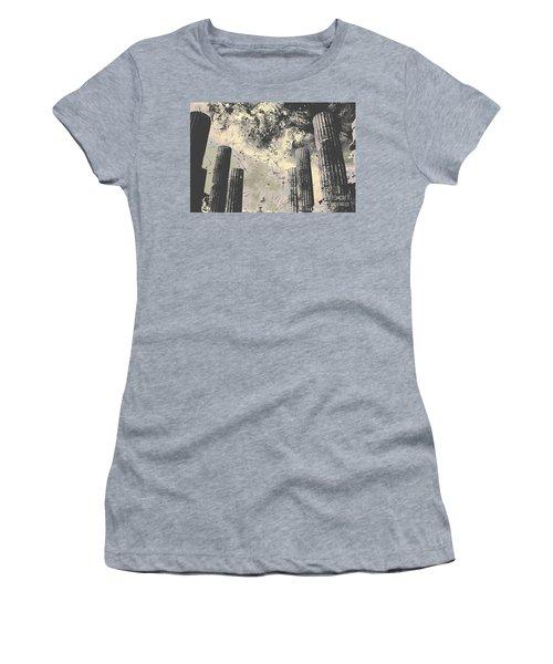 Akropolis Columns Women's T-Shirt (Athletic Fit)