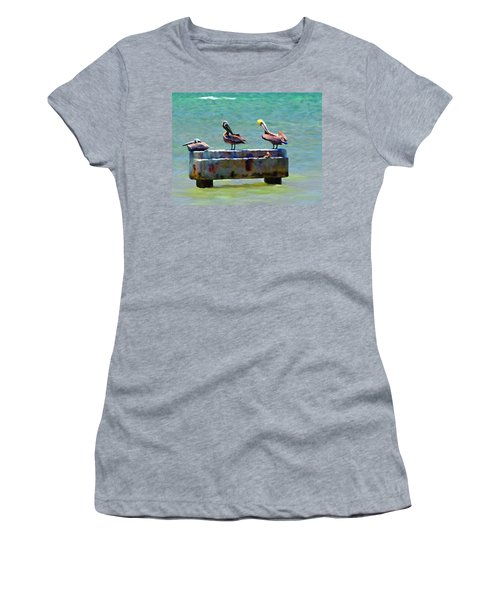 3 Pelicans Women's T-Shirt (Athletic Fit)