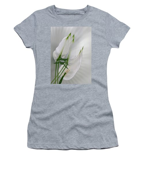Women's T-Shirt (Junior Cut) featuring the photograph 4425 by Peter Holme III