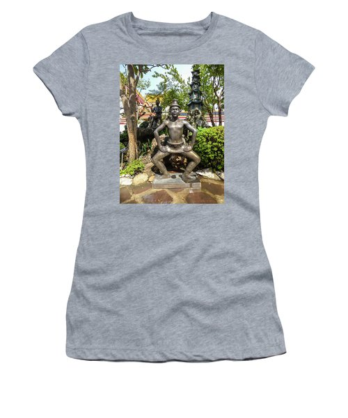Thai Yoga Statue At Famous Wat Pho Temple Women's T-Shirt