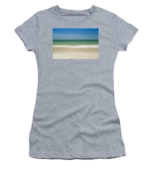 A Calm Wave Women's T-Shirt (Athletic Fit)