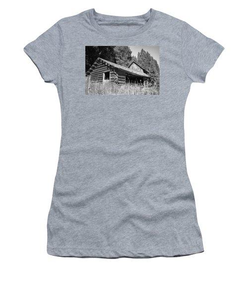 Abandoned Homestead Women's T-Shirt