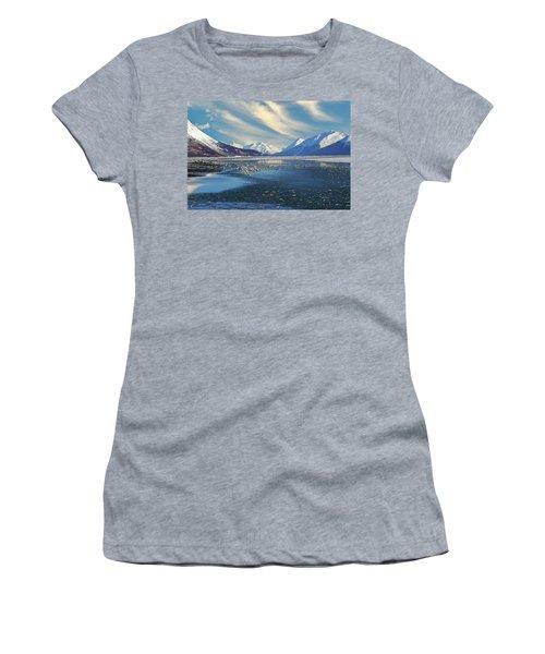 Alaskan Winter Landscape Women's T-Shirt