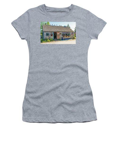 Alfie Glover's Bird Barn Women's T-Shirt
