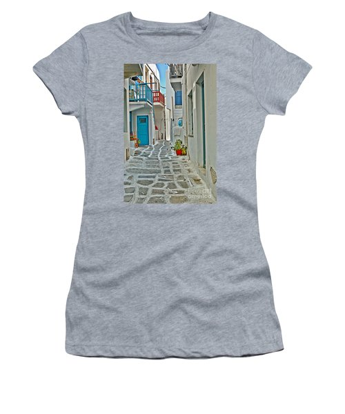 Alley Way Women's T-Shirt (Athletic Fit)