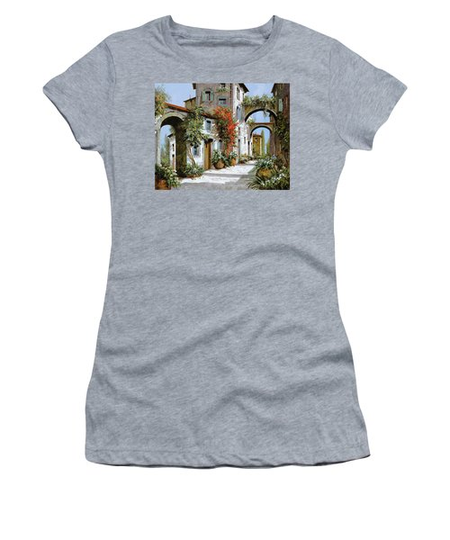 Altri Archi Women's T-Shirt
