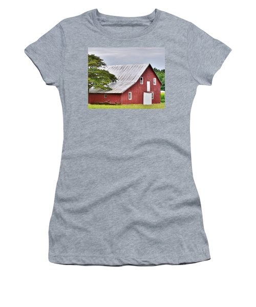 An Old Red Barn Women's T-Shirt
