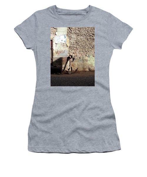 Anchor Cape Verde Women's T-Shirt (Athletic Fit)