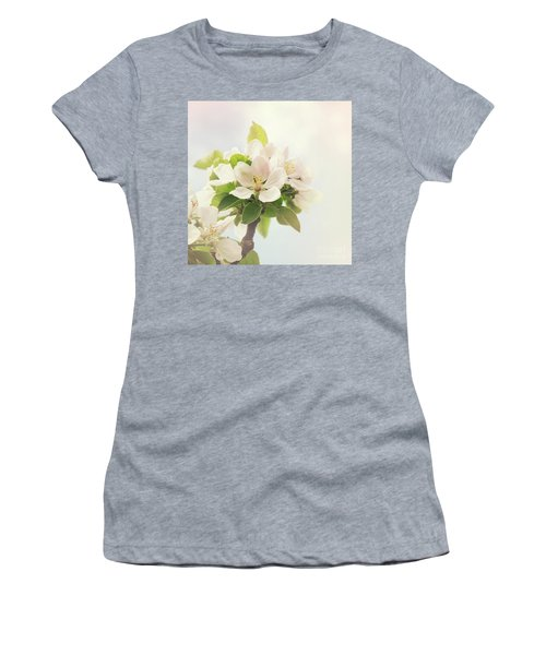 Apple Blossom Retro Style Processing Women's T-Shirt (Athletic Fit)