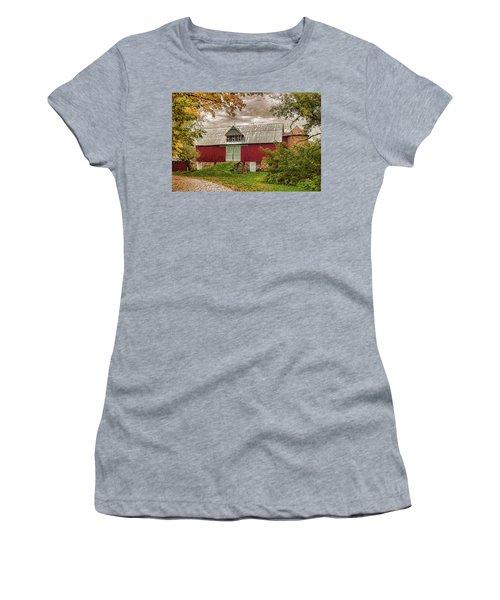 A.r. Potts Barn Women's T-Shirt (Junior Cut) by Trey Foerster