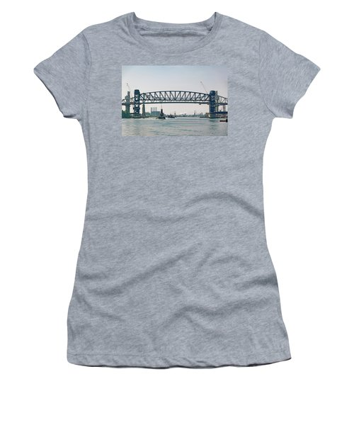 Women's T-Shirt (Junior Cut) featuring the photograph Arthur Kill The Four Tugs by Steven Richman