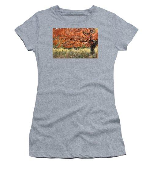 Autumn Red   Women's T-Shirt (Junior Cut)