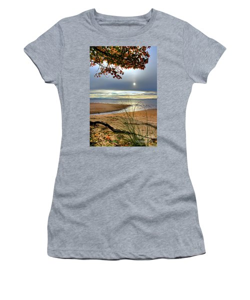 Autumn Sunrise On The James Women's T-Shirt (Athletic Fit)