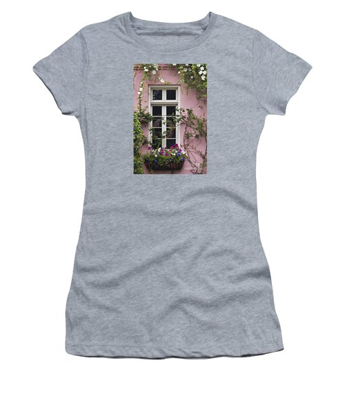 Back Alley Window Box - D001793 Women's T-Shirt (Athletic Fit)