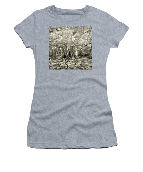 Banyan Strangler Fig Tree Women's T-Shirt