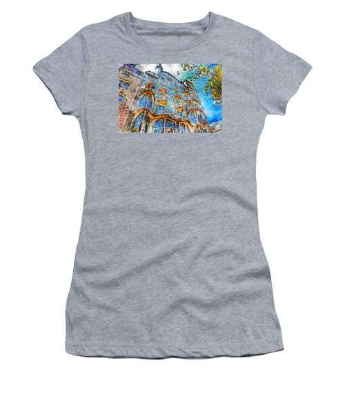 Barcelona, Casa Batllo, Watercolor - 01 Women's T-Shirt