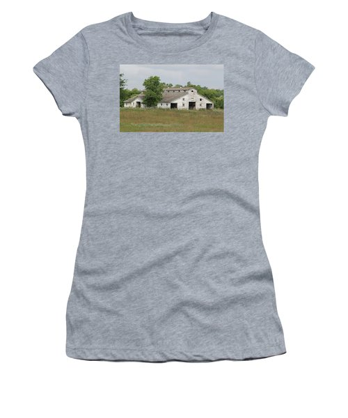 Women's T-Shirt (Athletic Fit) featuring the photograph Barn In The Field 948 by Ericamaxine Price