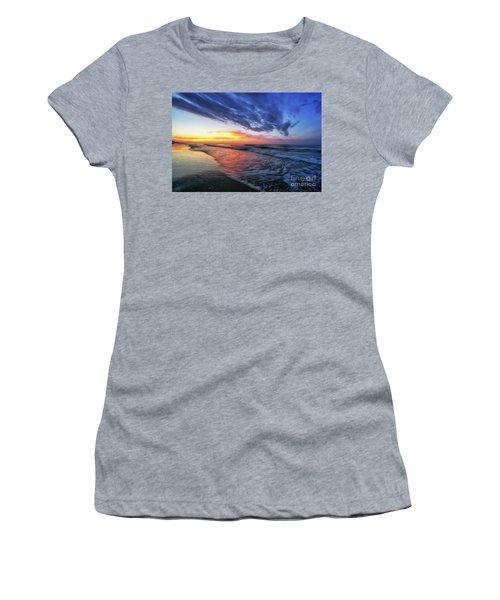 Beach Cove Sunrise Women's T-Shirt