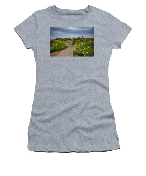 Beach Wildflowers Women's T-Shirt (Athletic Fit)