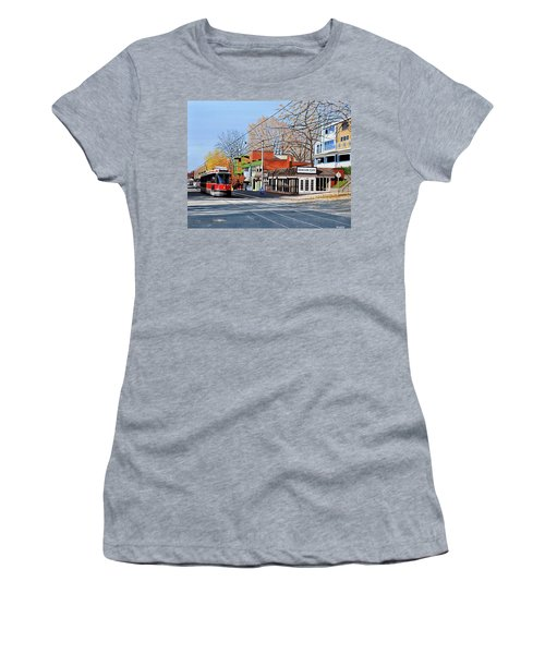 Beacher Cafe Women's T-Shirt