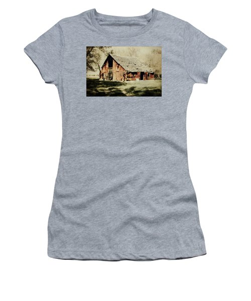 Beckys Barn 1 Women's T-Shirt (Athletic Fit)