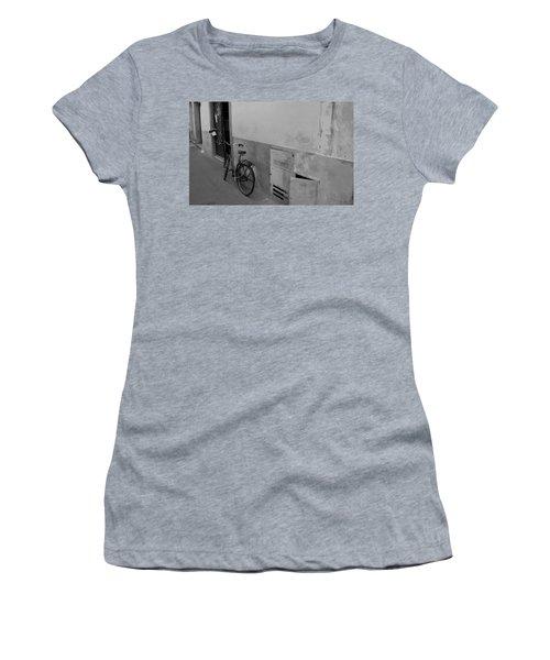 Bike In Alley Women's T-Shirt