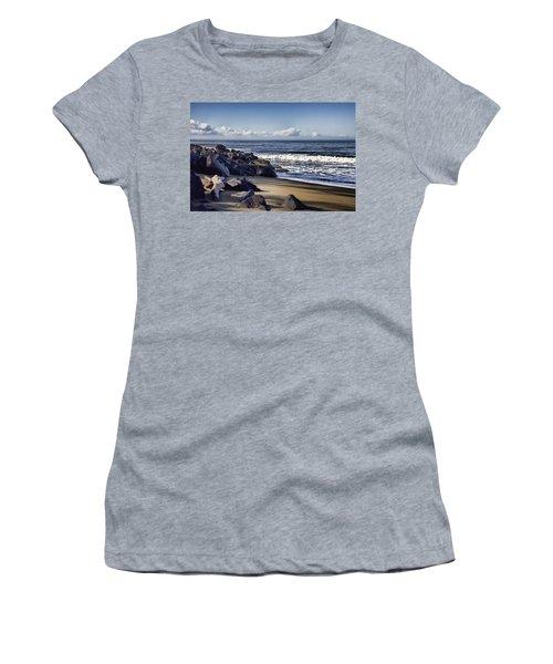 Black Sand Beach  Women's T-Shirt (Junior Cut) by Douglas Barnard