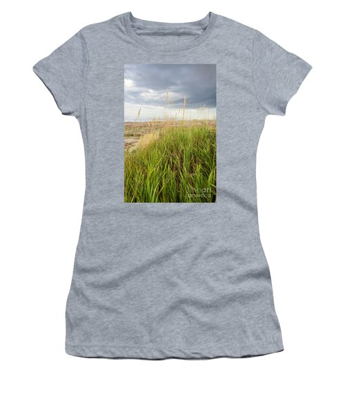 Blown By The Wind Women's T-Shirt (Athletic Fit)
